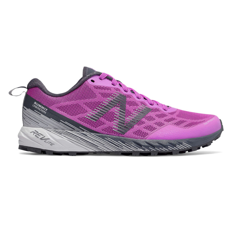 New Balance Women's Summit Unknown - Voltage Violet with Summer Fog - WTUNKNV - Profile