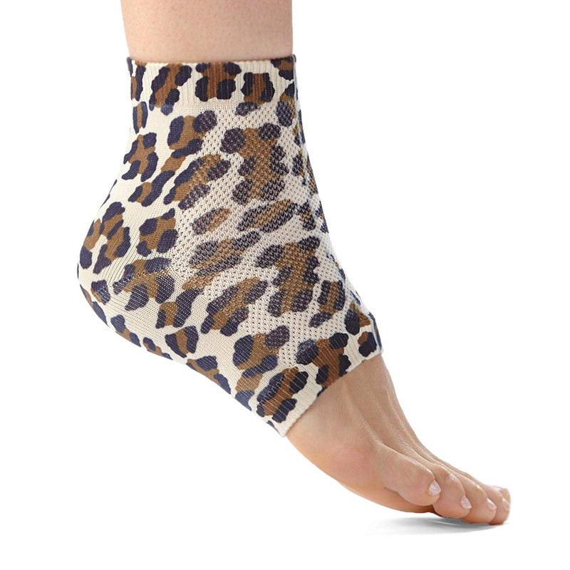 Ralyn Night Care Moisturizing Gel Heel Socks 1 Pair - Leopard Print  - 17848