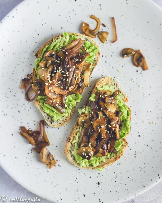 Smashed Avo & BBQ Mushroom Toast
