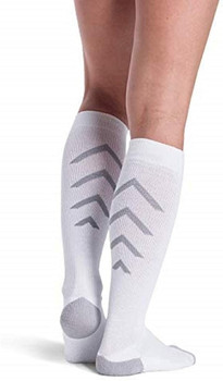 Sigvaris 401 Athletic Recovery Knee High Socks  - White | LARGE
