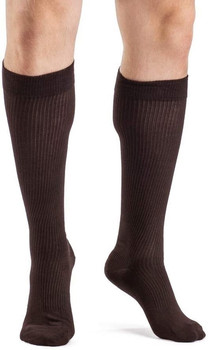 Sigvaris 186 Casual Cotton 15-20mmHg Closed Toe Men's Knee High Sock - Brown | SIZE B
