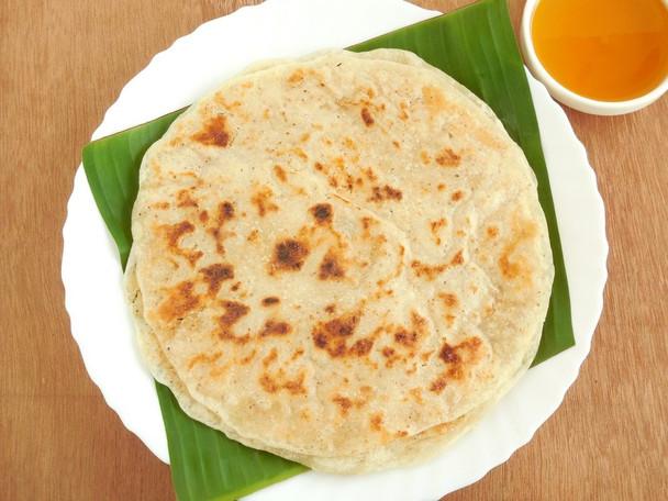Kobbari Bakshalu/ Kobbari Bobbatlu/Coconut Poli - 2 Pieces