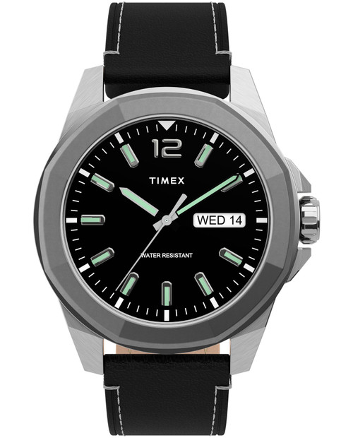 TIMEX Black 44mm Essex Avenue with Leather Strap in Black