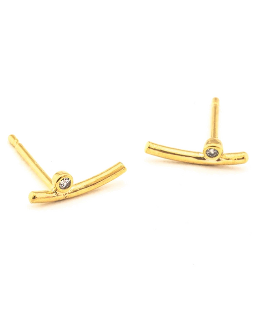 Curved Bar with 1 Cz Post Earring