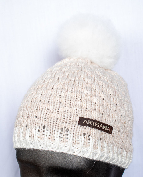Artesania Womens Fur Pom Hat