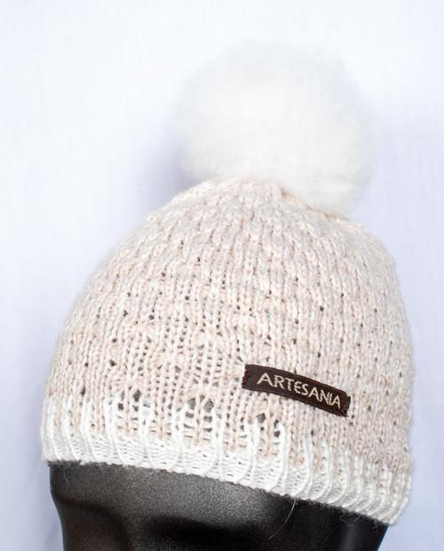 Artesania Womens Fur Pom Hat