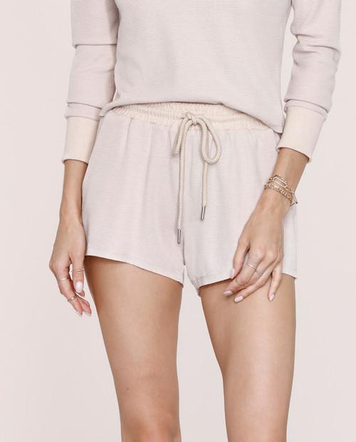 Women's Shellie Shorts in Bisque