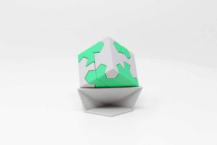 Puzzle Cube by Make Anything