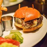 Grass Fed Beef Burgers with Sriracha Aioli