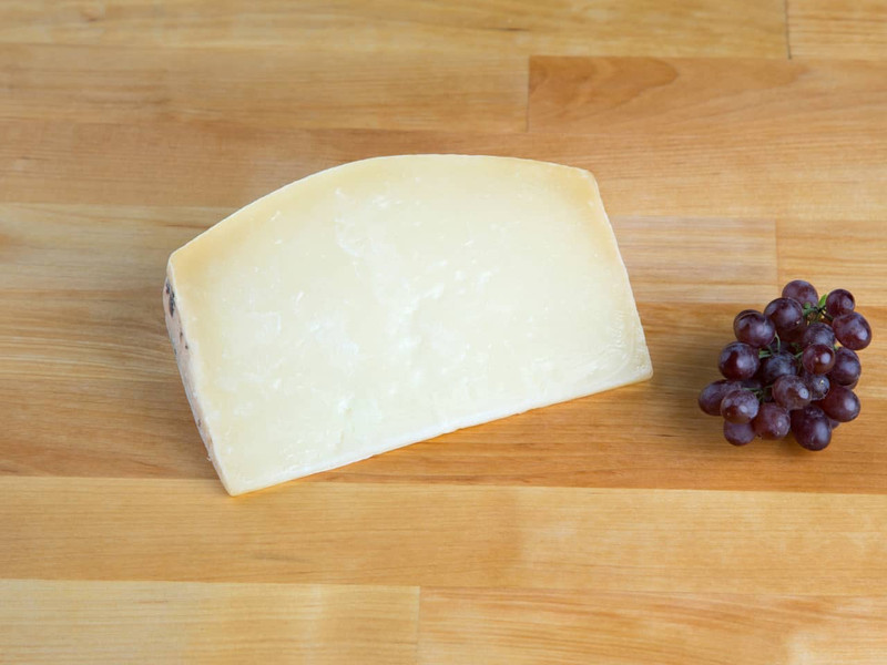 Kosher Viney Sheep Cheese