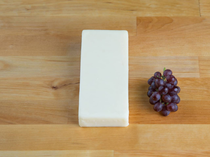 Kosher Raw Milk Cheddar Cheese