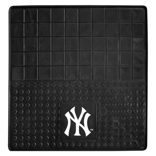 """31"""" x 31"""" Black and White MLB New York Yankees Cargo Mat for Car Trunk - IMAGE 1"""