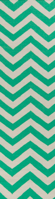 2.5' x 8' Zigzag Emerald Green and Ivory Hand Woven Wool Area Throw Rug Runner - IMAGE 1