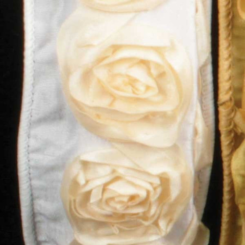 """Ivory Contemporary Roses Wired Craft Ribbon 1.5"""" x 10 Yards - IMAGE 1"""