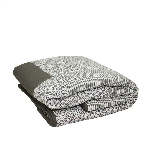 """Gray and Black Striped Quatrefoil Quilted Throw Blanket 55.5"""" x 78.75"""" - IMAGE 1"""