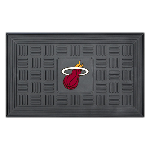 """19.5"""" x 31.25"""" Black and Red NBA Miami Heat Flaming Basketball 3-D Team Medallion Doormat - IMAGE 1"""