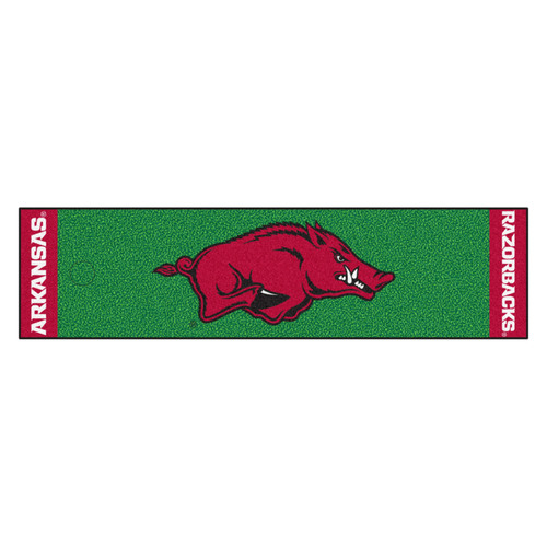 "18"" x 72"" Green and Red NCAA University of Arkansas Razorbacks Golf Putting Mat - IMAGE 1"