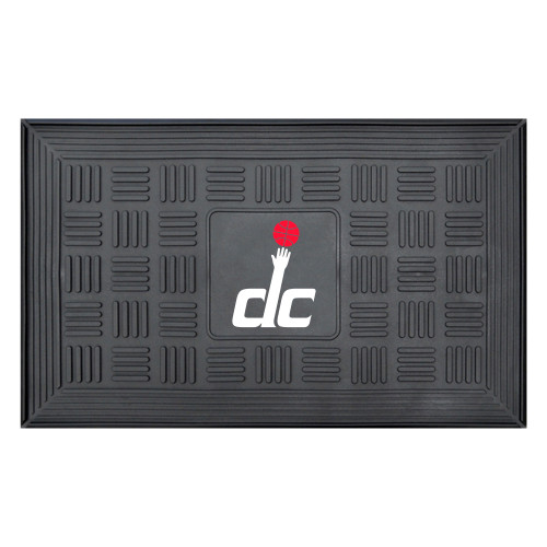"""19.5"""" X 31.25"""" Black and Red NBA Washington Wizards 3-D Team Medallion Doormat - IMAGE 1"""