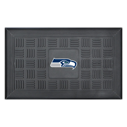 """19.5"""" x 31.25"""" Black and White NFL Seattle Seahawks 3-D Team Medallion Doormat - IMAGE 1"""