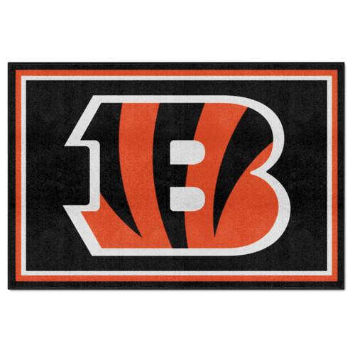 4.9' x 7.3' Orange and Black NFL Cincinnati Bengals Ultra Plush Rectangular Area Rug - IMAGE 1