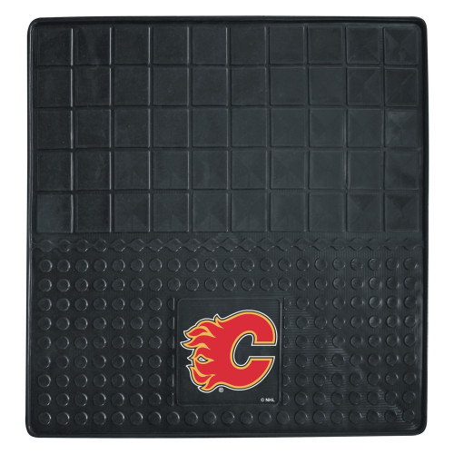 """31"""" x 31"""" Black and Red NHL Calgary Flames Cargo Mat - IMAGE 1"""
