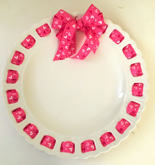 12-Inch Round White Ribbon Plate with Pink Heart Ribbon - IMAGE 1