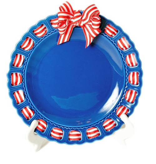 """12"""" Round Blue Ceramic Ribbon Plate with Red and White Striped Ribbon - IMAGE 1"""