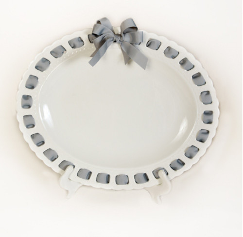 """21"""" White Oval Ceramic Serving Tray with Silver Ribbon Woven Around the Edge - IMAGE 1"""