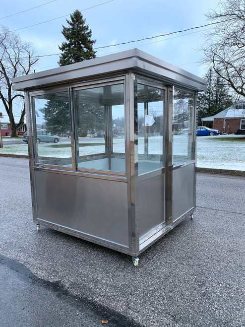 304 Stainless Steel Guard Shack Portable Booth 6.5 x 6.5 ft