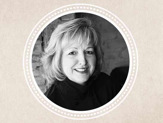 Portrait of artist Laura Laiben
