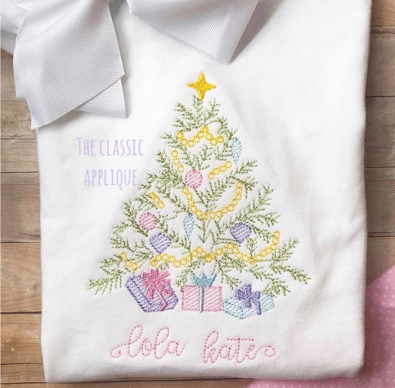 Heirloom Christmas Tree With Present Sketch Light Fill Vintage