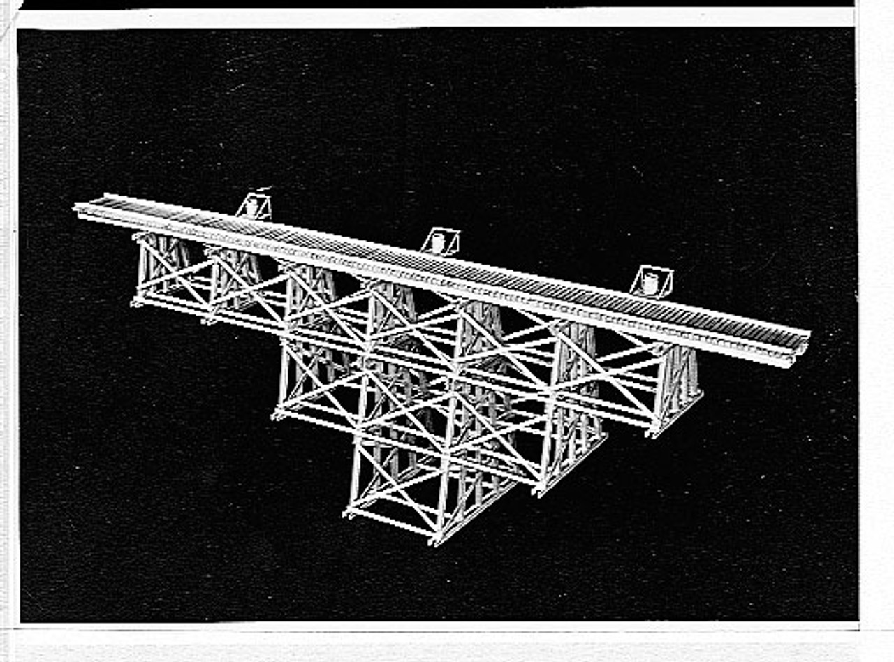 """144-216' Tall Timber Trestle -- 20 x 29"""" 50.8 x 73.6cm - Scale: HO"""