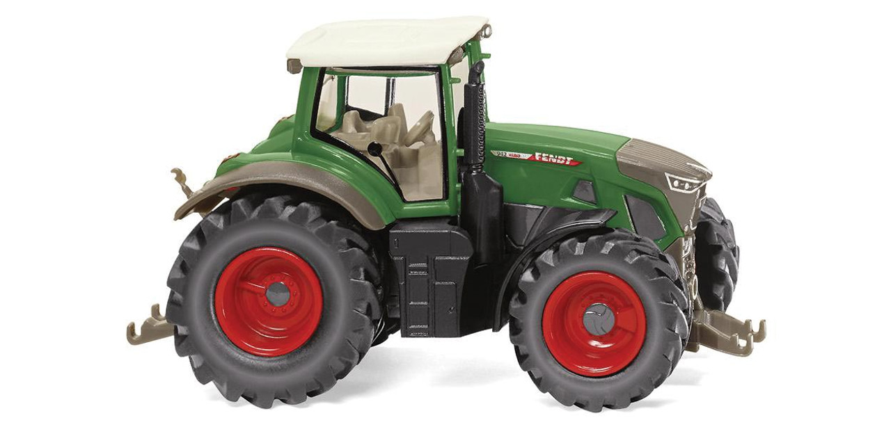 Fendt 942 Vario Tractor - Assembled -- Green, Gray, Red - Scale: HO