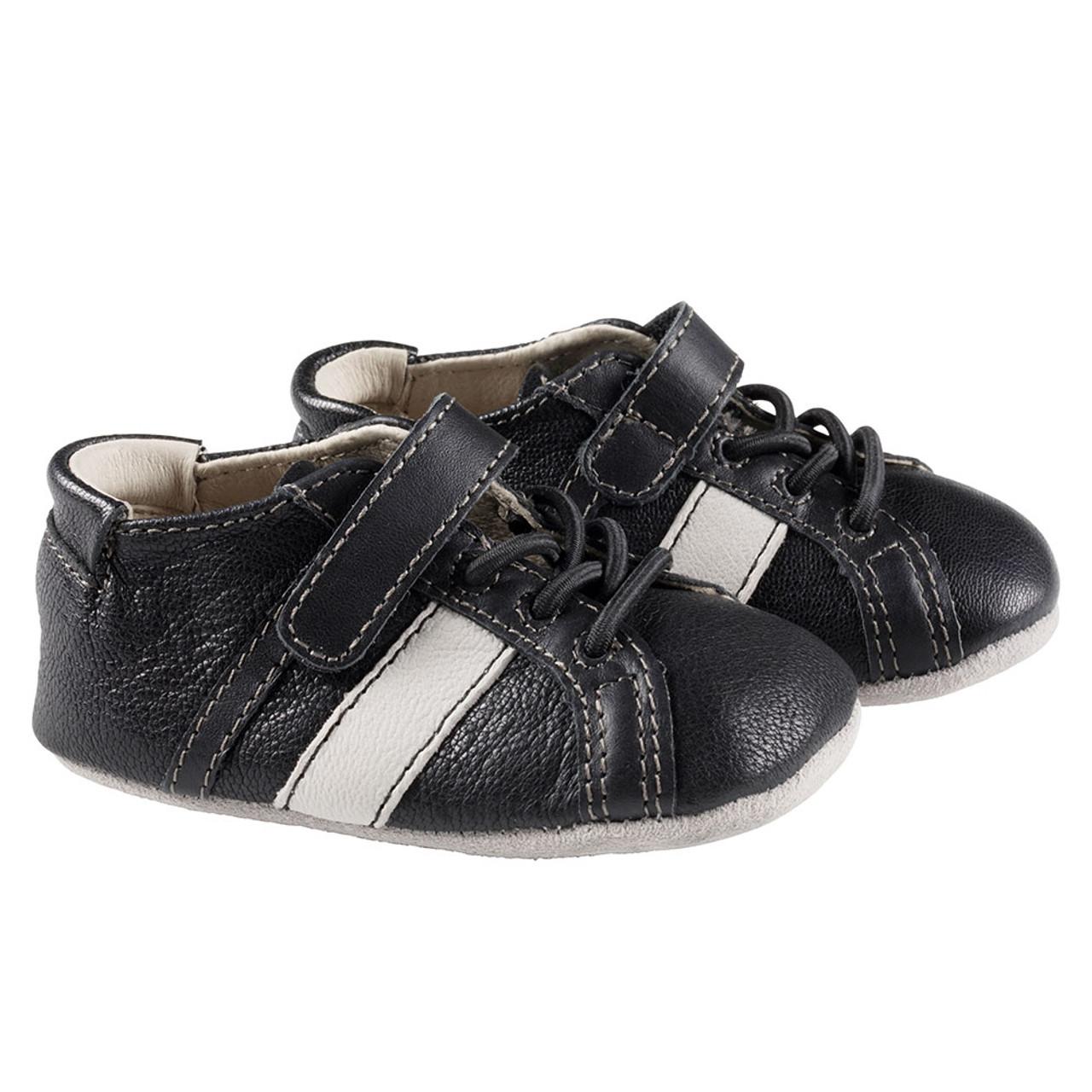 Robeez Black Rowan First Kicks - Angle 57872aa93fb