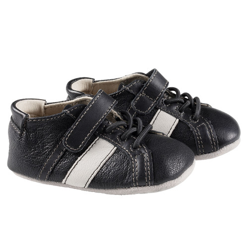 Robeez Black Rowan First Kicks - Angle