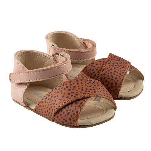 Robeez Riley First Kicks, Baked Clay Dot/ Pink Leather - Angle