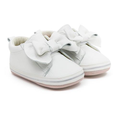 Robeez Aria First Kicks White