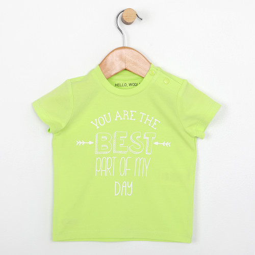Green short sleeve t-shirt with snaps at the shoulder for babies and infants