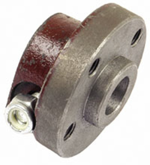 825377M1 Massey TO35 Water Pump Hub (Fits Standard Brand Engines Only)