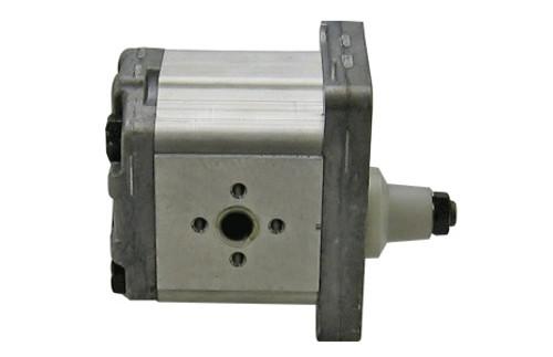 Long 350, 445 Tractor Hydraulic Pump -- 756465