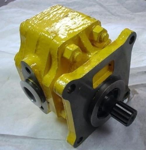 Komatsu Industrial Parts - Dozer Parts - Pumps - Broken Tractor