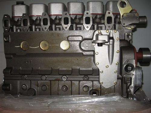 6D102 NEW Long Block PLUS (Diesel)W/ Gasket Set -- KM-6D102-LB-N