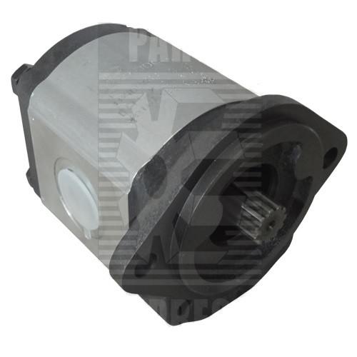 Bobcat Hydraulic Pump -- 6672513