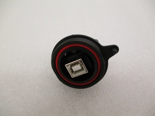 Receptacle, circular USB-A to USB-B