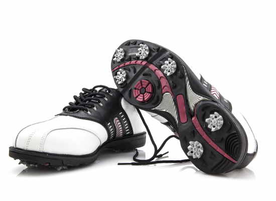 golf shoes image
