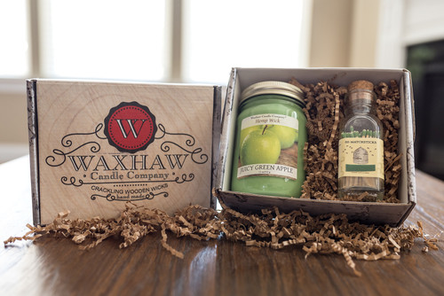 Soy Candle Gift Box With Honeybee Match Bottle