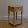Petite lamp Table in English Pine