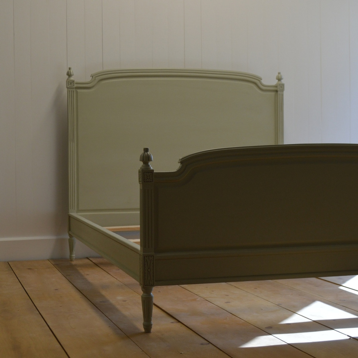 Madeline Bed in Blue Gray NO.91