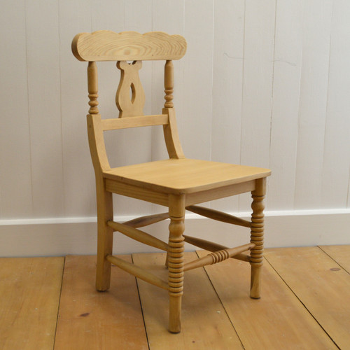 Cottage Chair in English Pine