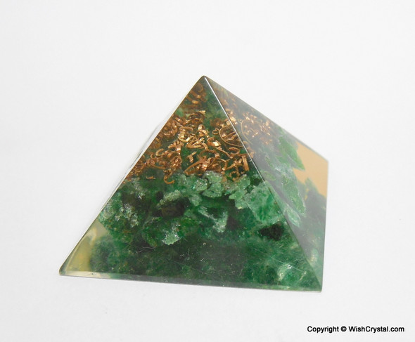 Green Aventurine Orgone Pyramid - 25 mm